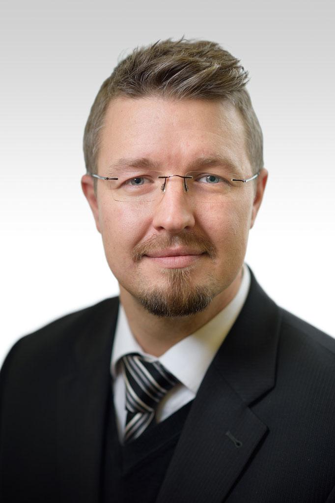 Nils Rudolph, Bestatter bei Bestattungen Rudolph oHG